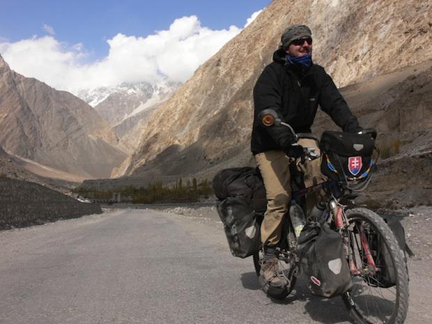 Bicyklom do Ázie