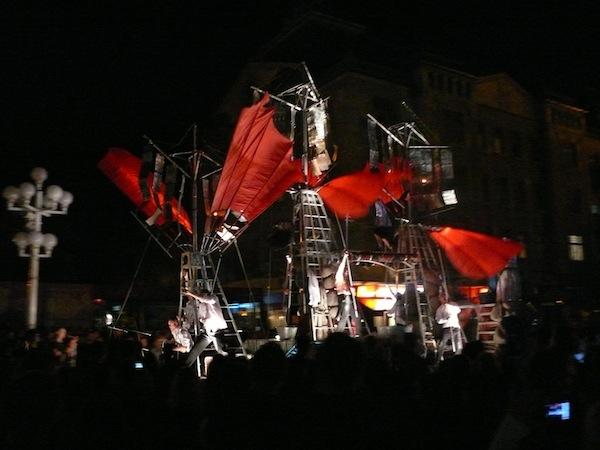 festival-divadiel-polska-inscenacia-na-ulici