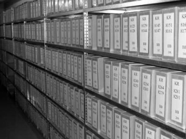 Kto páli a kto chráni archívy ŠTB?