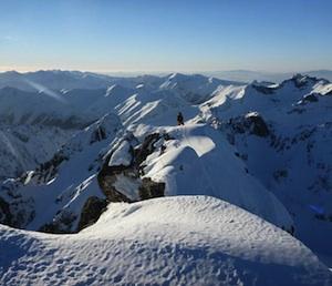 Stopy na hrebeni